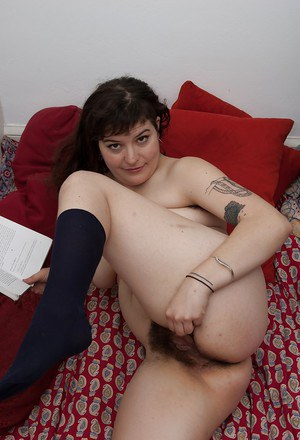 Fatty tattooed babe in socks Esther stripping and posing on the bed