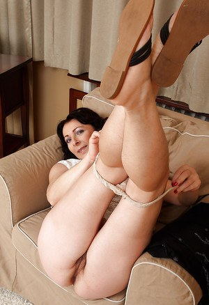 Leggy Mature Anna airing out her throbbing pink hairy pussy-hole