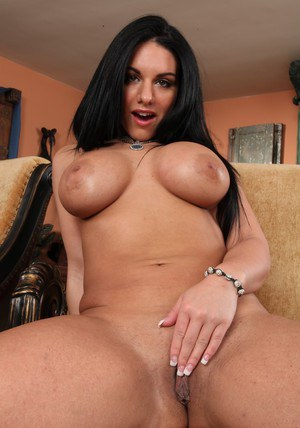 Brunette MILF with big jugs Bella Reese taking off her clothes
