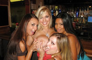 Sexy busty babe Dayna Vendetta and her friends stripping at the party