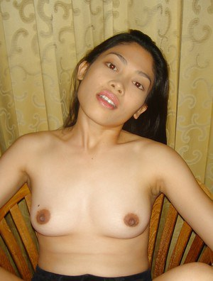 Adorable asian babe uncovering her sweet tiny tits and sexy ass