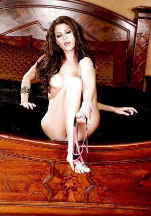 Beautiful babe Jenni Lee slipping off her lingerie and spreading her legs