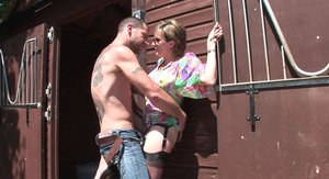 Horny mature lady in sunglasses sucks and fucks a hard dick outdoor