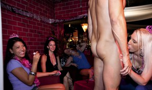 Horny babes sucking malestrippers' dicks at the birthday sex party