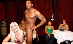 Lucky malestrippers get blowjobs and fuck sexy babes at the party