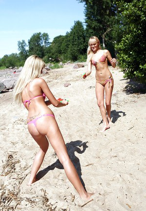 Gracefull teen babes having lesbian fun with their toys outdoor