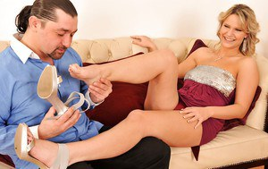 Lusty MILFs Samantha Jolie & Eve Sweet give a footjob to a lucky guy