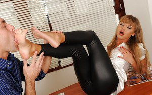Stunning babe gives a footjob and gets her asshole fucked in the office