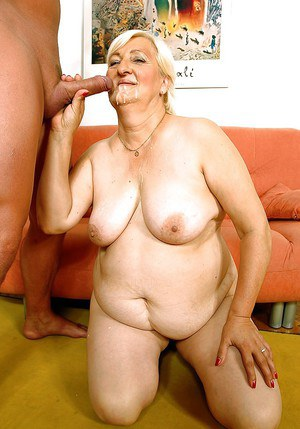Fatty granny gets her hairy twat fucked by big toy and hard dick