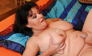 Fatty mature babe gets banged and licks cum from her boobs