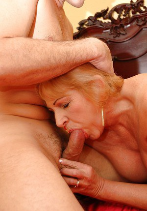 Big busted granny gets a facial cumshot after hardcore fucking