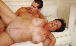 Fatty granny with big flabby boobs gives a blowjob and gets screwed