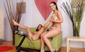 Chaty Heaven gets her vag nailed by a machine and fisted by her friend