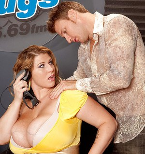 Fatty yet sexy Renee Ross shows her big tits and has hardcore sex