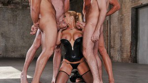 MILF babe horny for groupsex Shyla Stylez fucks four big cocks