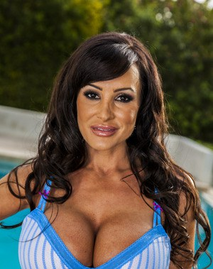 MILF pornstar babe Lisa Ann takes off her uniform outdoor by the pool