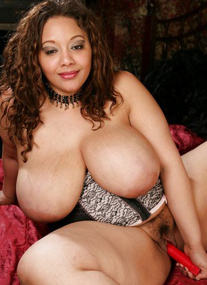 Big titted fatty MILF Lady Spice masturbating her hairy cunt
