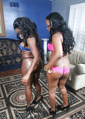 Gorgeous ebony hotties strip to lingerie to boast of their booties