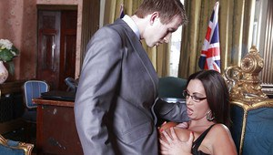 Curvaceous MILF Emma Butt gets a facial after hardcore fucking