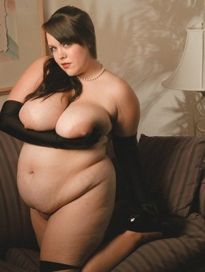 Fatty babe with massive jugs Isabelle Lane stripping and teasing her pussy