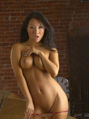 Stupendous asian MILF Asa Akira stripping and toying her cunt