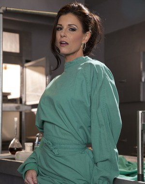 Seductive MILF India Summer uncovering her graceful curves