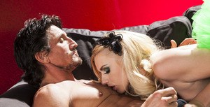 Sweet blonde Lexi Belle gives a blowjob and gets nailed hardcore