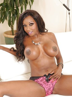 Big busted ebony MILF Diamond Jackson stripping and spreading her legs