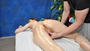 Sweet babe gets her wet pussy fingered and fucked after massage