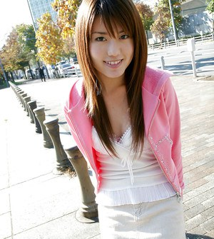 Loveable asian babe Nanami Wakase uncovering her tiny curves