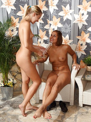 Seductive amateur lesbian gets her love holes licked and toyed