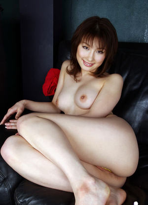 Foxy asian babe with hairy cunt Akane Sakura slipping off her lacy panties