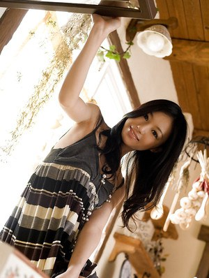 Sweet asian babe Aino Kishi slipping off her dress and panties
