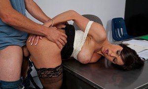 Smoking hot teacher Kendra Lust gets bonked and facialized