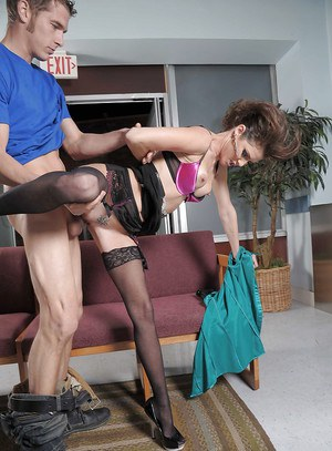 Sexy fashionista Jenni Lee gives a blowjob and gets banged hardcore