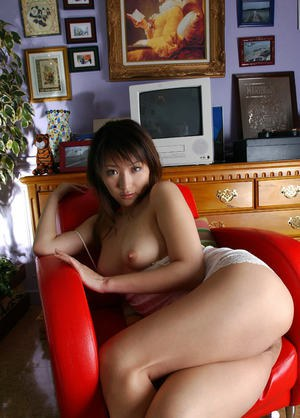 Filthy asian babe Amu Masaki showcasing her petite tits and sexy ass