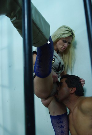 Lusty blonde Tiffany Tanner gets her pussy licked and gives a blowjob