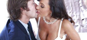 Lusty MILf with huge jugs Lisa Ann gets her slit licked and slammed hardcore