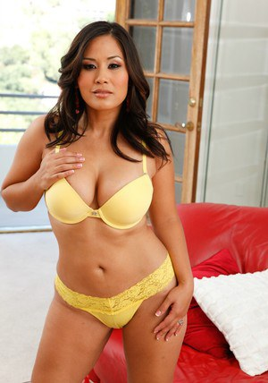 Busty asian MILF Jessica Bangkok stripping and teasing her trimmed pussy