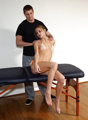 Petite amateur cutie gets massaged and fucked by sex machine