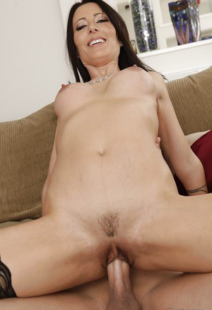 Seductive MILF Zoey Holloway gets her pussy licked and fucked hardcore