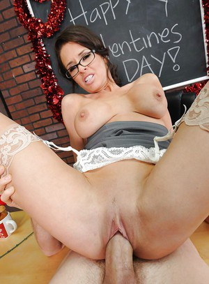 Busty teacher Veronica Avluv gives a titjob and gets shagged hardcore