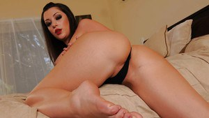 Curvy brunette babe Melina Mason stripping and exposing her pussy