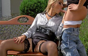 Seductive fully clothed MILF Daria Glower getting banged and pissing outdoor