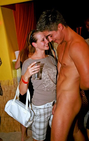 Tempting amateur sluts are into wild sex orgy with horny malestrippers
