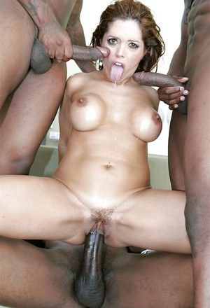 Busty latina Francesca Le gets blowbanged and fucked by three black guys