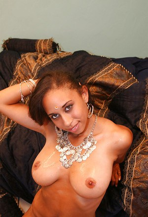Slutty indian MILF gives a blowjob and gets slammed hardcore