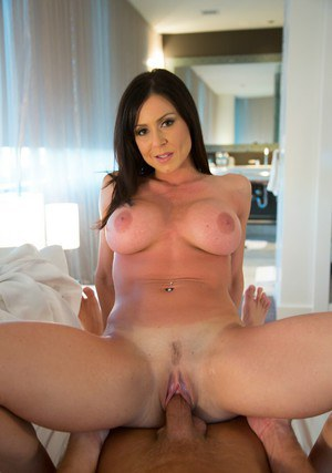 Ravishing MILF with huge jugs Kendra Lust gets screwed hardcore