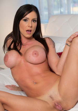 Hot houswife Kendra Lust stripping and exposing her pink pussy