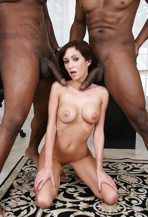 Hillary Scott gets blowbanged and double penetrated by black guys
